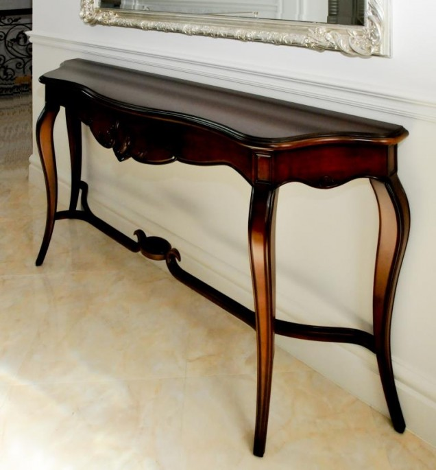 Classic Cameo Hallway Table